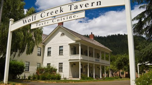 ウルフクリークインの幽霊の場所や数は?ジャック・ロンドンの霊もオレゴン州の心霊ホテルに!【世界なんだコレミステリー】