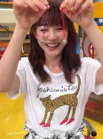 新井恵理那のヒョウ柄Tシャツの通販や価格にメーカーは?9月8日の所さんお届けモノですの衣装がかわいい!