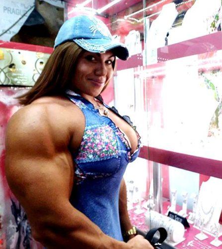 ナタリア・クズネツォワはロシアの筋肉美女!体脂肪率やスリーサイズにボディビル・ウェイトリフティングの成績は?