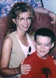 ジュリー・レアのジョエル(息子)殺害冤罪事件の内容は?1997年10歳被害者少年の母親が逮捕!【アンビリバボー】