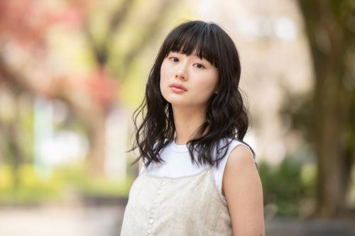倉科カナのMiloha(ミロハ)CMで共演してる女優は誰?辻千恵のプロフィールや経歴は?