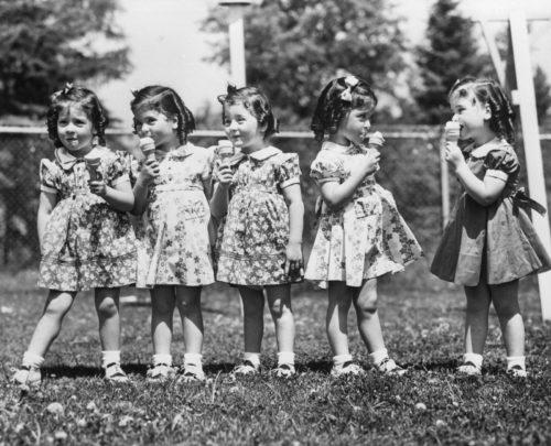 カナダ奇跡の五つ子ディオンヌ姉妹は保育園で見世物にされ父に虐待!セシルの息子が基金を持ち逃げ?